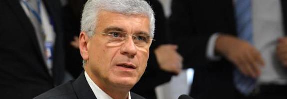 Prazo para regularizar recursos no exterior não será alterado, diz Receita